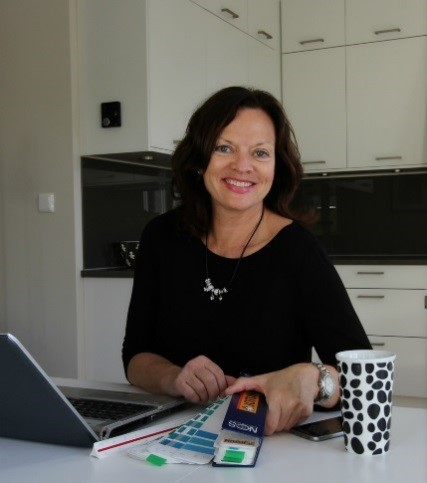 Interiørarkitekt Birgit hjelper deg med interiørkonsulent tjenester