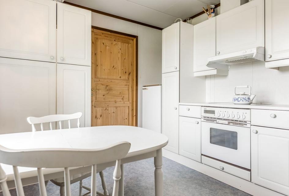 Kjøkkenet sett mot stue før