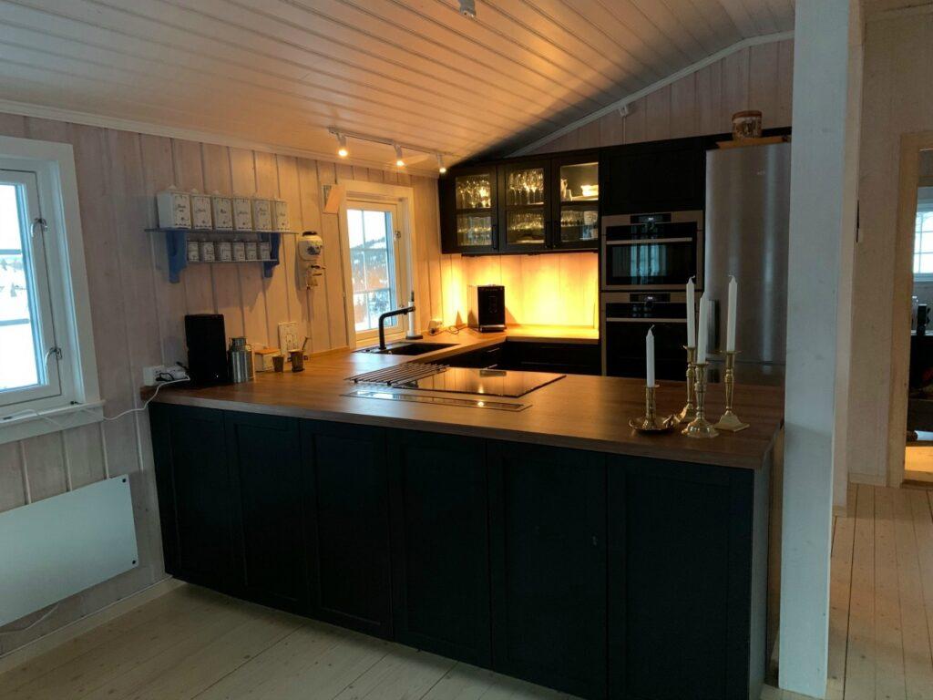 nytt hyttekjøkken på den gamle hytta
