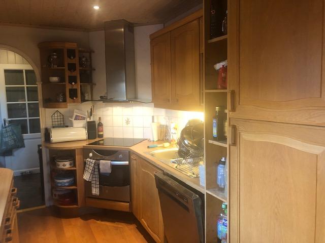 Det gamle kjøkkenet som nå har blitt entre